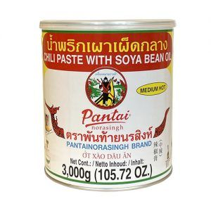 maepranom-chili-paste-with-soya-bean-oil-medium-hot-3kg