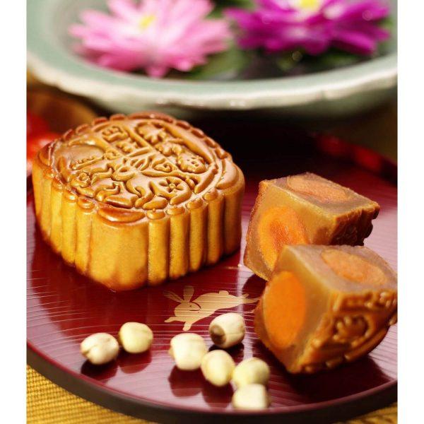 white-lotus-4-yolk-mooncake-4pcsbox